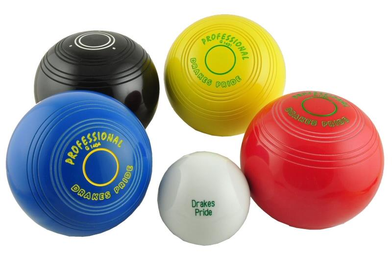 Drakes Pride Junior Professional Bowls Set of 4.
